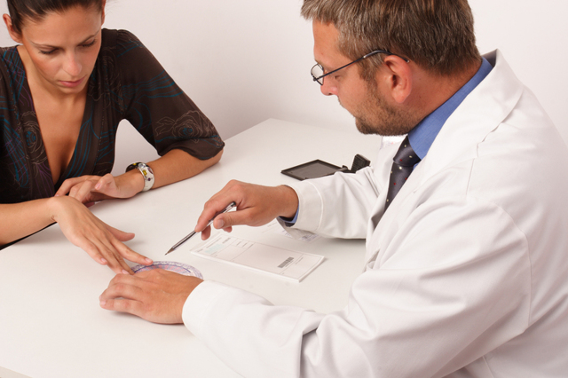 Грибок между пальцами рук - лечение всех стадий
