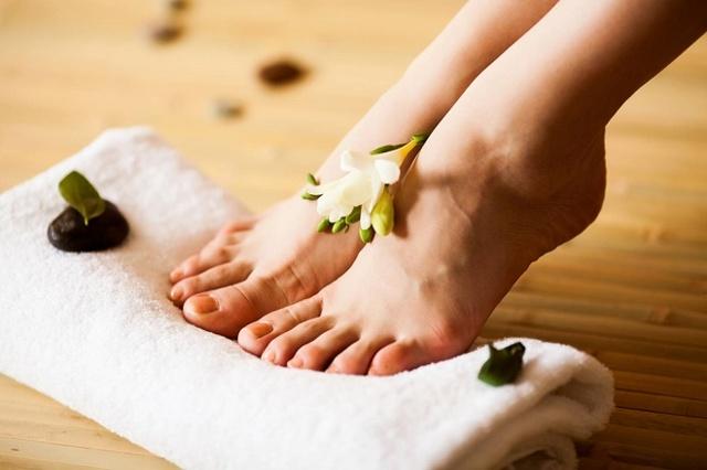 Народное лекарство от грибка ногтей на ногах