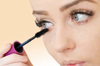 Гипоаллергенная тушь для ресниц: рейтинг для чувствительных глаз, отзывы о лучшей антиаллергенной, какая лучше марка