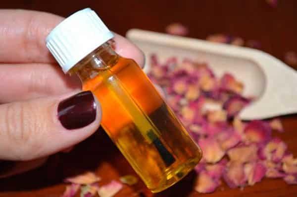 Масло для кутикулы: какое лучше использовать в домашних условиях для ногтей, зачем нужно лучшее в аптеке, отзывы для удаления и смягчения