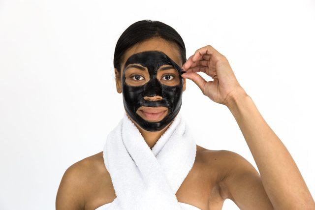 10 тайских масок для лица: тканевая из семян морских водорослей, золотая от черных точек из Тайланда