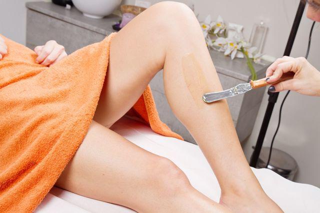Шугаринг при беременности: можно ли беременным делать в зоне глубокого бикини на ранних сроках
