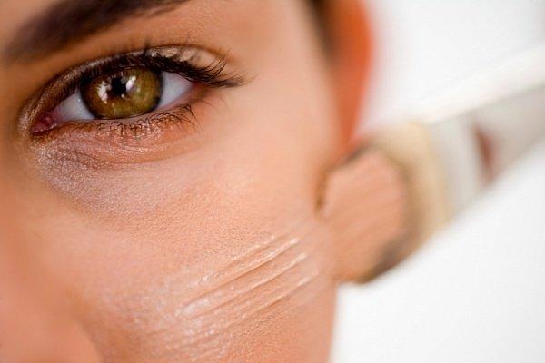 Гипоаллергенная косметика для лица и кожи: тональный крем для аллергиков