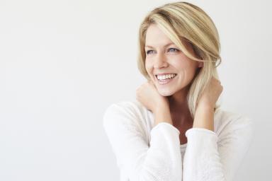 Уход за кожей после шугаринга - что рекомендуют косметологи:как убрать остатки пасты с тела, дезинфекция, снятие раздражения, как скрабировать кожу, как предупредить врастание волосков,какие косметические средства по уходу за кожей после шугаринга выбрать