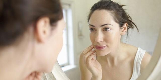 Крем для депиляции усиков на лице, в интимных местах, для удаления волос на ногах - как пользоваться средством, особенности выбора
