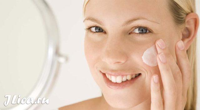 Увлажняющий крем для комбинированной кожи лица - 6 готовых средств и рецепты приготовления в домашних условиях: с медом, с маслом какао, с желтком