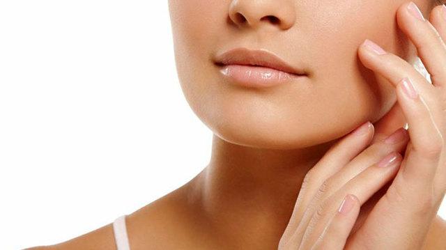 9 отбеливающих масок для лица в домашних условиях: быстрый эффект осветляющих
