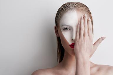 Маска из черной смородины для лица в домашних условиях: польза в косметологии от морщин, отзывы для кожи