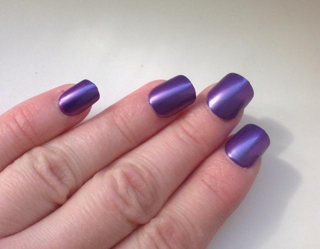 Твердый лак для ногтей: съемный маникюр impress (Импресс)