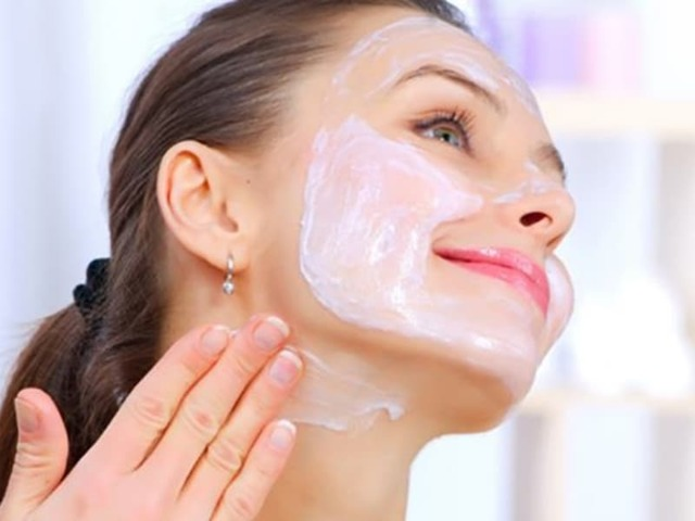 15 масок для лица: из Полисорба, Аспирина, Димексида, Солкосерила - рецепты
