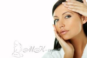 Как наносить тональный крем на лицо и шею правильно: пошаговая схема по массажным линиям, bb,cc, сыворотку, пудру, крем для рук и тела, детский крем, после маски и чистки лица, спонжем, пальцами, кистью Овестин, Солкосерил