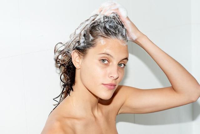 Чем отличается бальзам от кондиционера для волос: разница, что лучше, отличие, зачем нужен