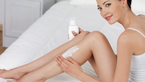 Как замедлить рост волос после бритья: 9 замедляющих кремов после депиляции ног, эфирные масла против, средство в домашних условиях