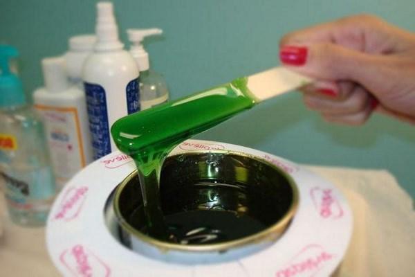 Как пользоваться воском для депиляции: как использовать теплый в гранулах, горячий жидкий в банке, правила с восковыми шариками
