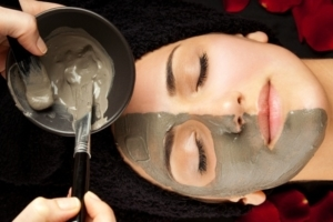 Аспирин для лица: аспириновая маска от прыщей и морщин с кефиром, отзывы пилинга для кожи в домашних, как сделать отбеливающую