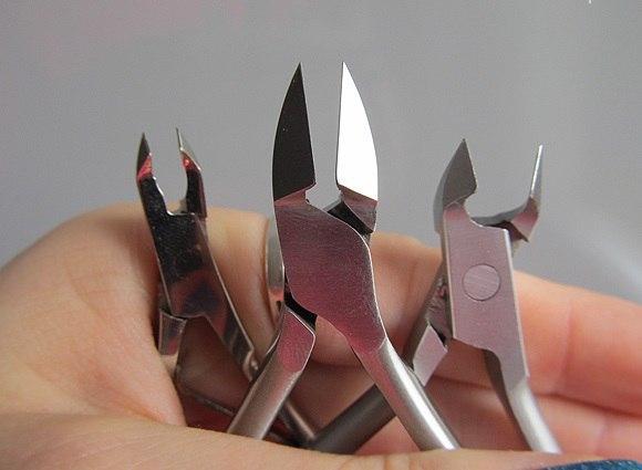 Кусачки для ногтей маникюрные: щипчики для маникюра кутикулы, какие лучше выбрать щипцы, названия профессиональных инструментов для педикюра