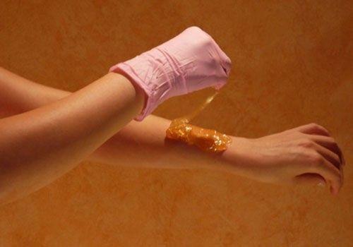 Шугаринг рук: стоит ли делать полностью или до локтя, как правильно