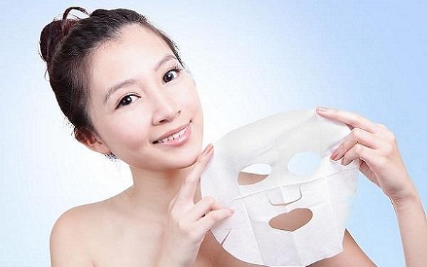 12 тканевых масок для лица: сколько раз можно использовать, одноразовые или многоразовые, как часто, несколько раз или нет, срок годности маски
