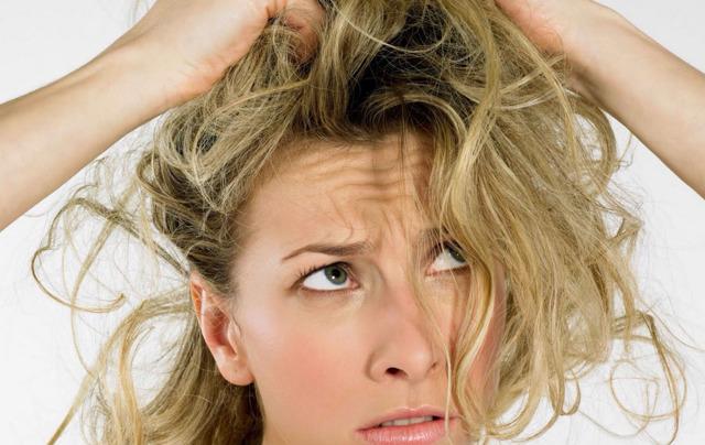 Сухой шампунь: как пользоваться для волос, что это такое, как использовать лучший, как действует, какой выбрать без запаха