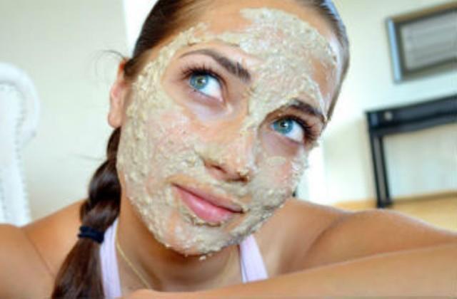 Маски против шелушения кожи лица: отзывы и народные рецепты