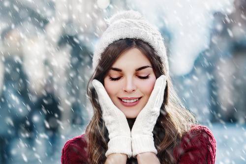 Крем для лица для сухой кожи лица на зиму: рейтинг 5 лучших зимних, уход от сухости и шелушения, чистая линия, какой использовать для проблемной кожи, каким пользоваться в домашних условиях на зимний период, какой нужен, своими руками