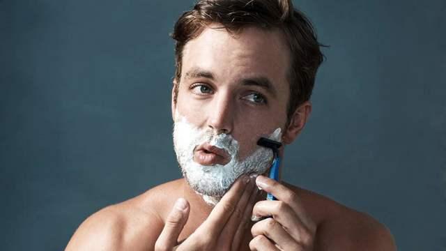 Чем лучше бриться - рейтинг 5 популярных бритв, лучшая косметика для женского бритья, как правильно это делать, какой станок лучше бреет