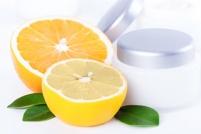 9 популярных масок с фруктовыми кислотами, гиалуроновыми, с янтарной и никотиновой кислотой, салициловой, с кислотами aha, с гликолевой и липоевой, борной, фолиевой, молочной, аскорбиновой; рейтинг лучших: levrana, авен, кора, splash, эвелин, либридерм