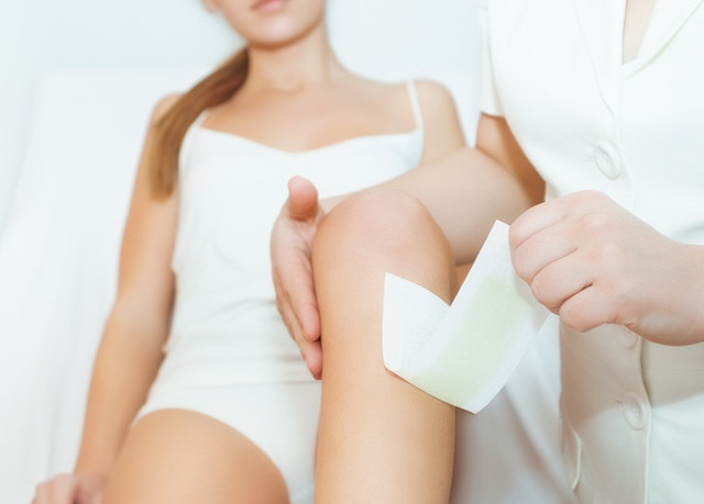 Эпиляция при беременности: можно ли делать восковую депиляцию в зоне бикини во время, пользоваться эпилятором беременным в интимном месте