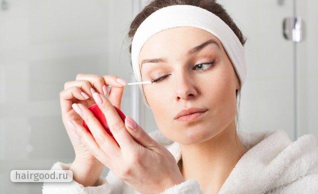Как умываться с нарощенными ресницами: как правильно мыть голову и купаться в воде в домашних условиях, пенка и мицеллярная вода без масел