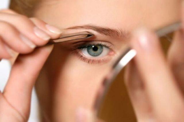 Как смыть краску с бровей в домашних условиях: как быстро стереть с кожи, чем убрать, отмыть ремувером для удаления, как вывести
