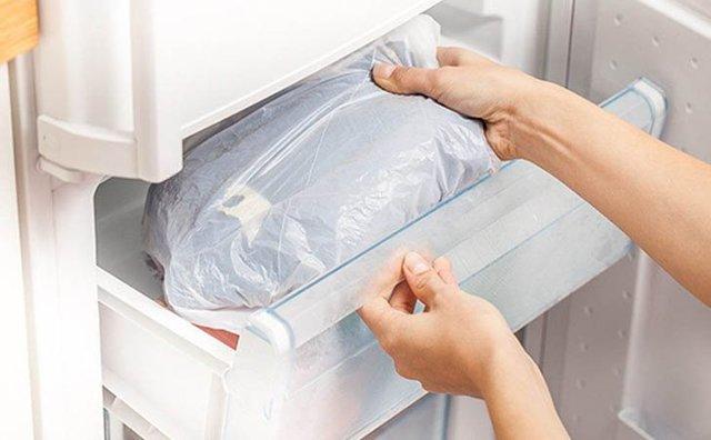 Чем убрать воск с кожи после депиляции: как убрать или смыть остатки, как удалить и отмыть после восковых полосок, чем оттереть и избавиться