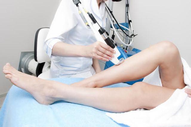 Чем заменить лазерную эпиляцию и понять, что лучше из 3 видов альтернативных процедур удаления нежелательных волос - шугаринг, фотоэпиляция и электроэпиляция; чем они отличаются, что лучше и эффективнее, можно ли совмещать процедуры, плюсы и минусы
