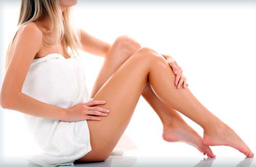 Как долго могут не расти волосы после лазерной эпиляции, когда начинают выпадать; опасность процедуры: ожоги и волдыри, крапивница, высыпания и зуд, гнойнички, рубцы, воспаление лимфоузлов, прыщики и раздражение кожи; может ли процедура спровоцировать рак