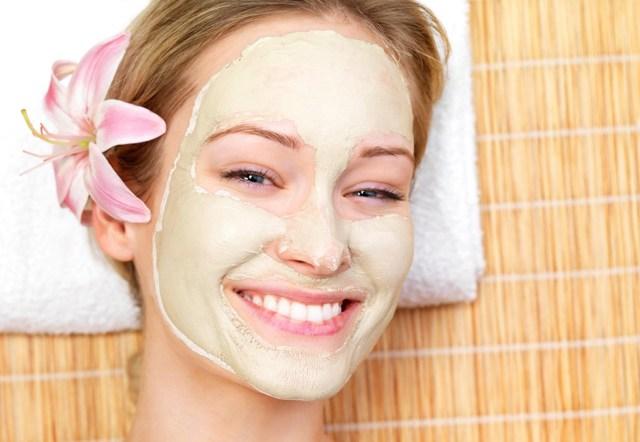 10 распаривающих масок для лица перел чисткой: разогревающая Органик Китчен Баня 50, средство для холодного распаривания в домашних условиях