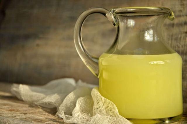 Сыворотка для лица: как пользоваться молочной, правильно использовать в домашних условиях, применение, как сделать или приготовить, отзывы